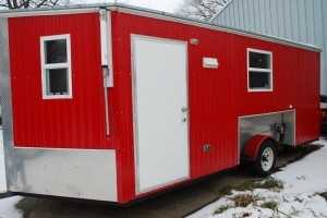 Wheel house rentals ice fishing boat rentals launch for Ice fishing cabins alberta