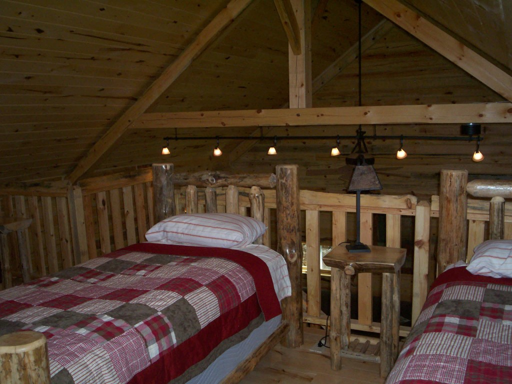 The loft has 2 twin beds.